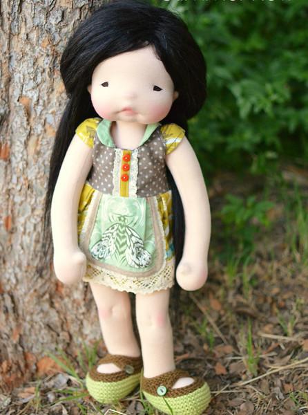 """Raine"" a 20"" Glimmer Row doll"